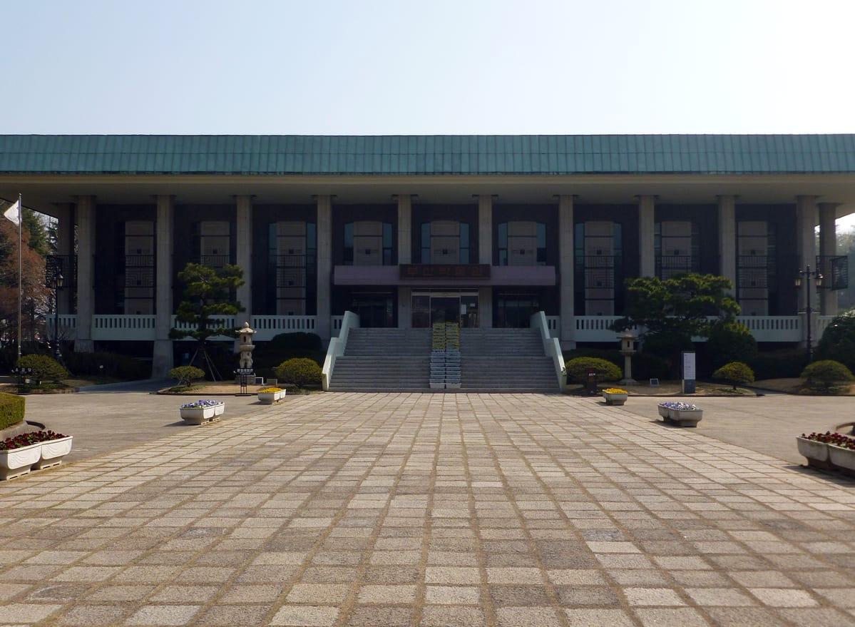 釜山博物館|圖片來源:Wikimedia Commons | https://reurl.cc/g8NqN