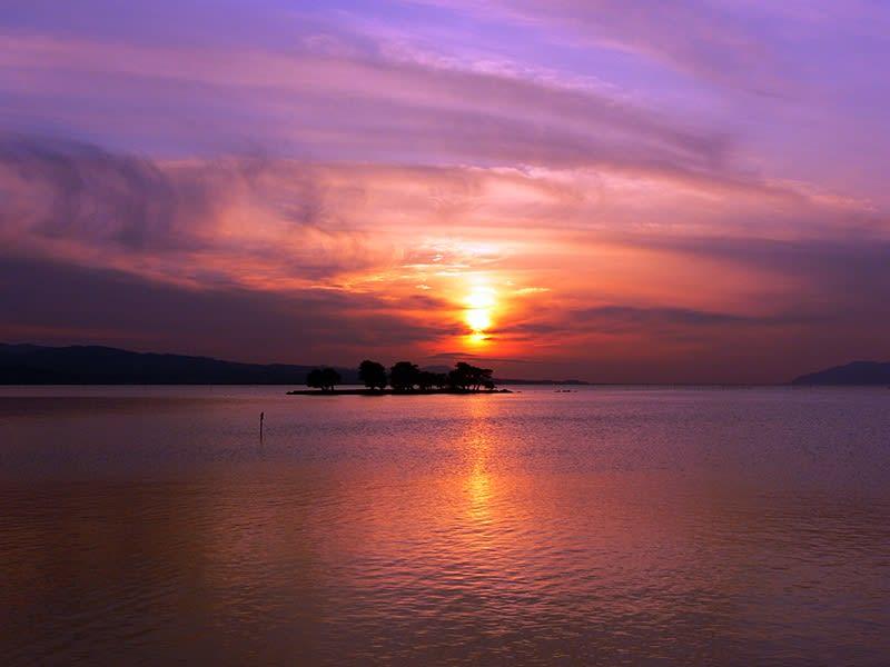宍道湖。照片來源:しまね観光ナビ。
