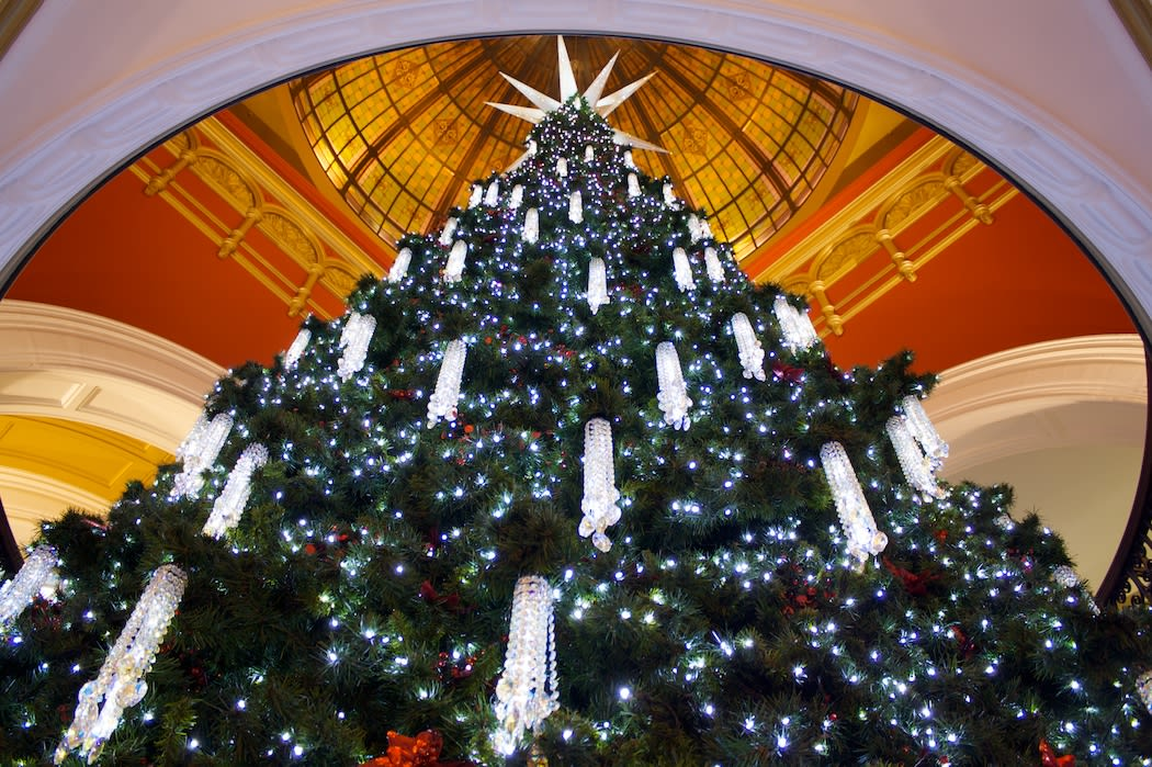 維多利亞女王購物中心聖誕樹,照片來源:Flickr授權作者Dan Terzian