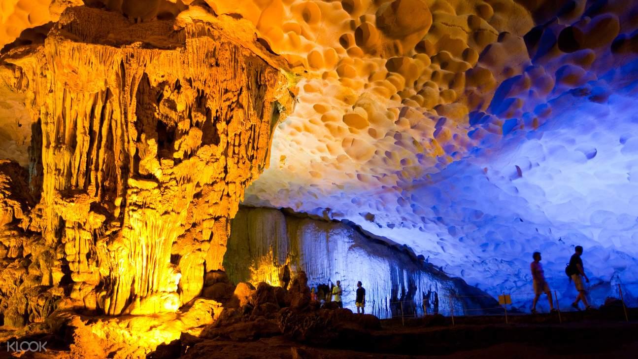 鐘乳石洞有著千奇百怪的鐘乳石,見識大自然的鬼斧神工。