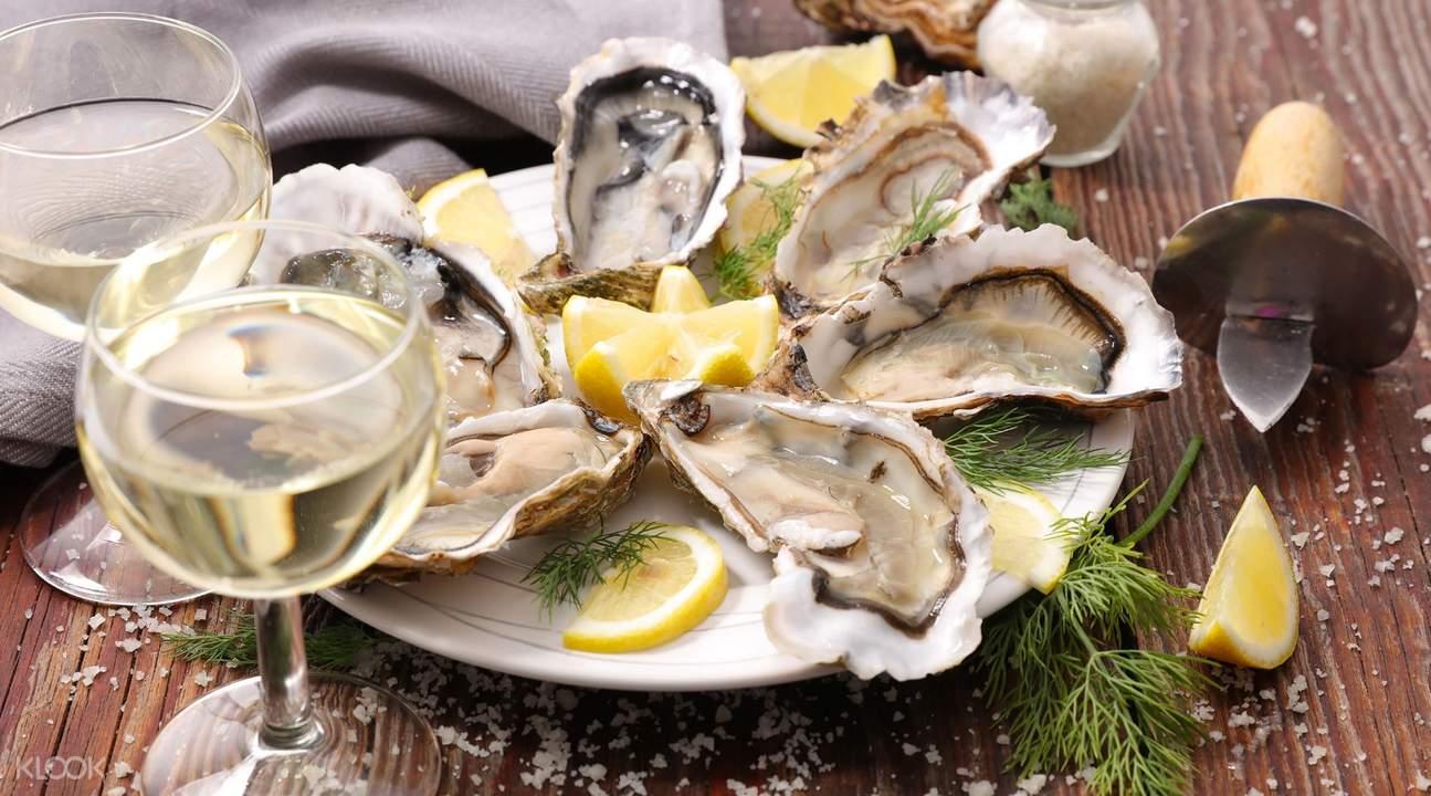 科芬灣生蠔配白酒套餐:感受生蠔的鮮、甜、美,與完美搭配的白酒