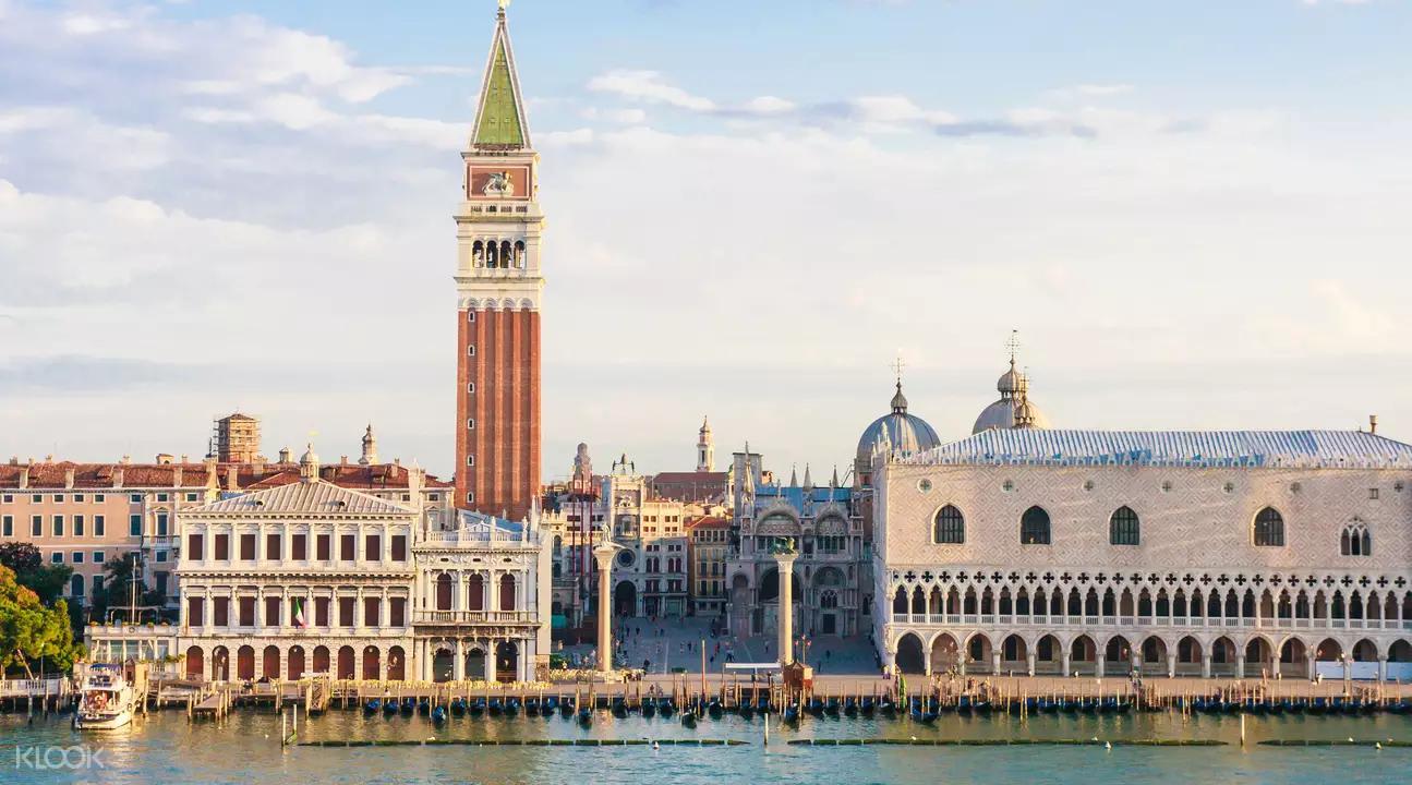 ▲ 威尼斯城中心廣場聖馬可廣場及鐘樓是當地著名地標。