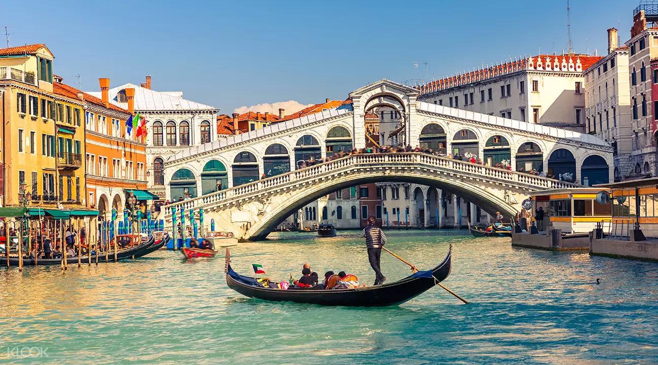 ▲ 威尼斯大運河上美麗的里奧托橋。