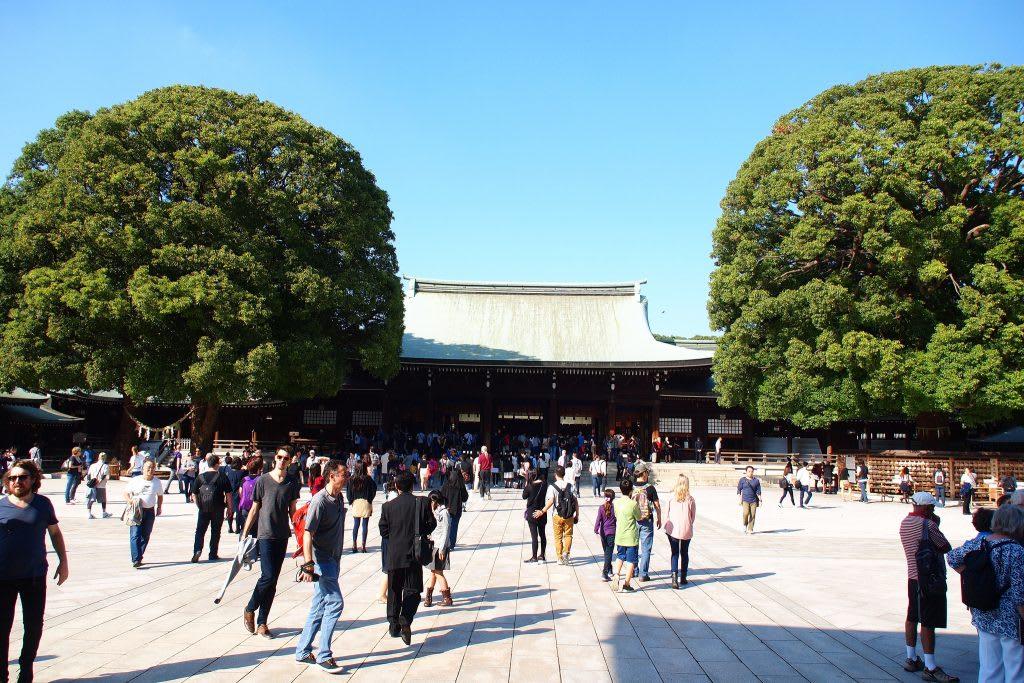 明治神宮初詣者眾,要有心理準備唷! 來源:flickr@marslin1975