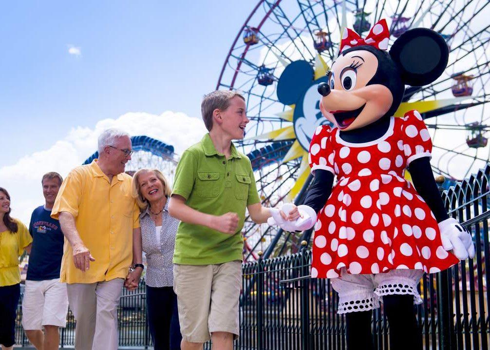 【美國自由行】美國加州迪士尼最強攻略!交通、門票、必玩、必吃、必買...一篇搞定!