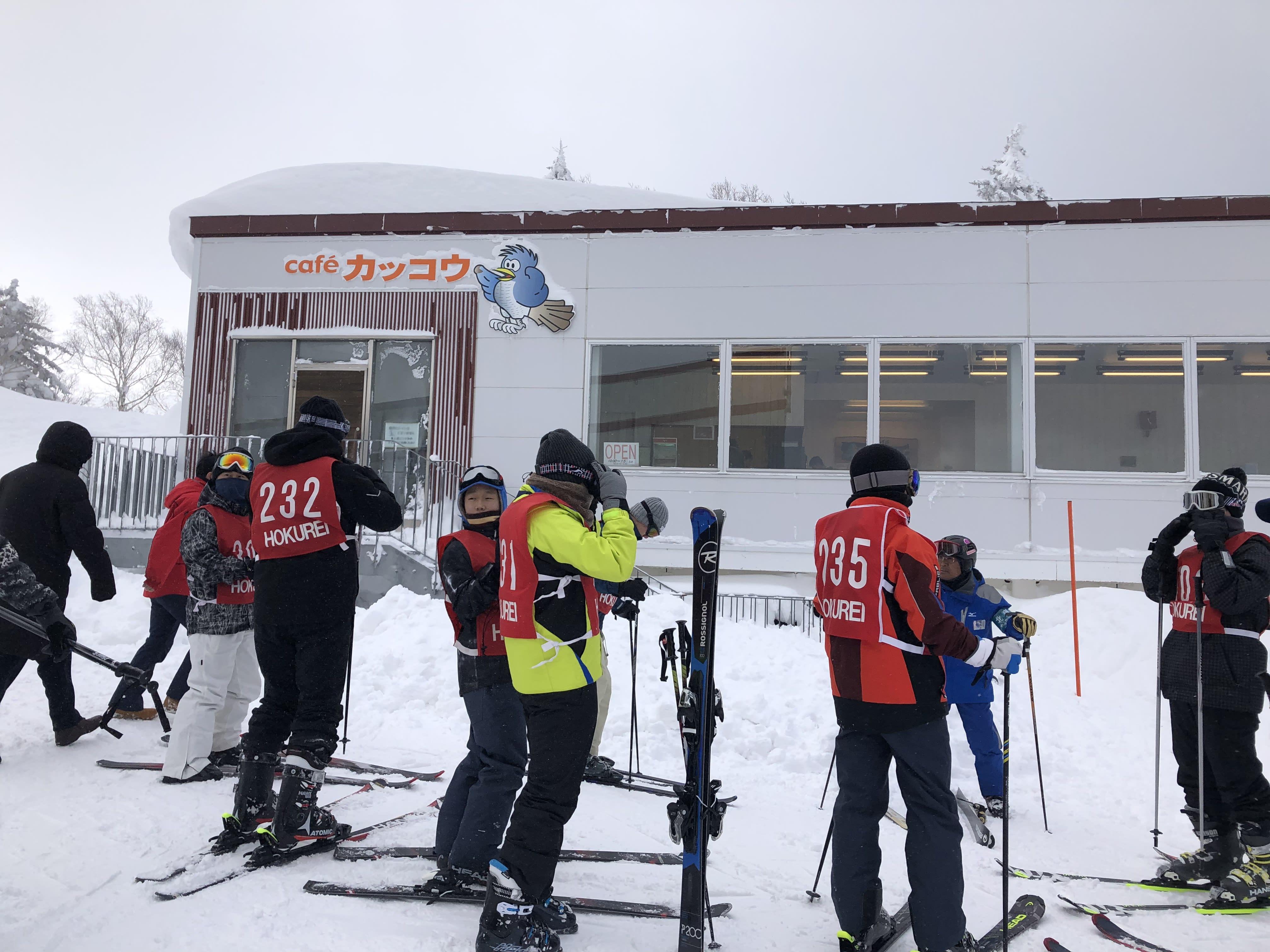 札幌國際滑雪場山頂咖啡廳,取自:Ann Shih。