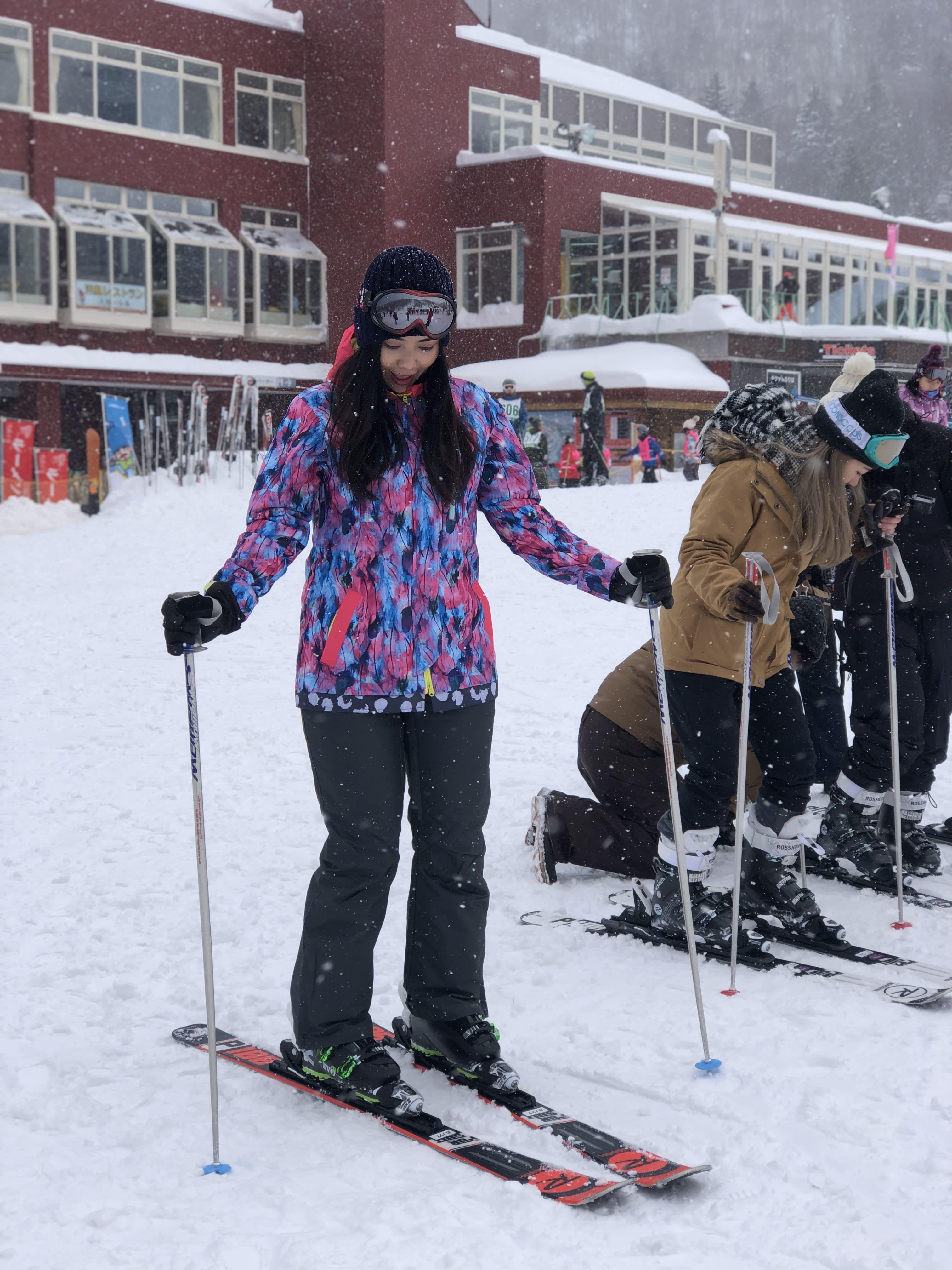 全副武裝等著滑雪,取自:Ann Shih。