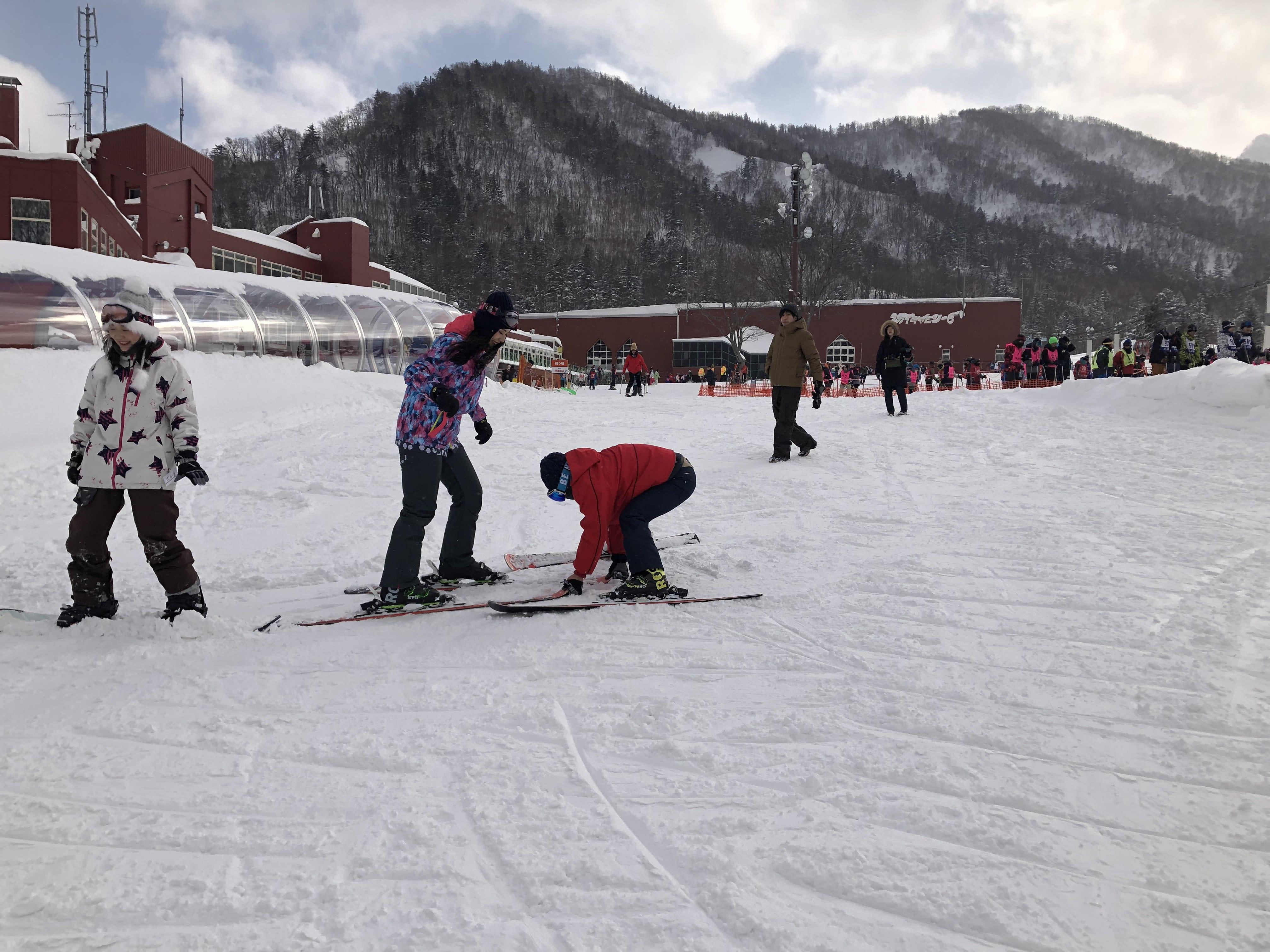 札幌國際滑雪場中文教練教學,取自:Ann Shih。