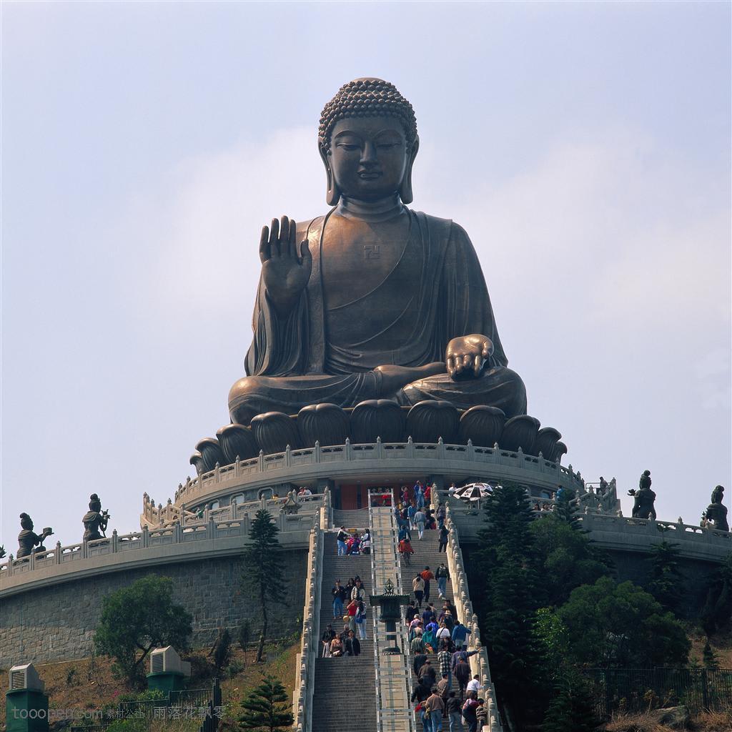 天壇大佛,圖片取自m.tooopen.com。