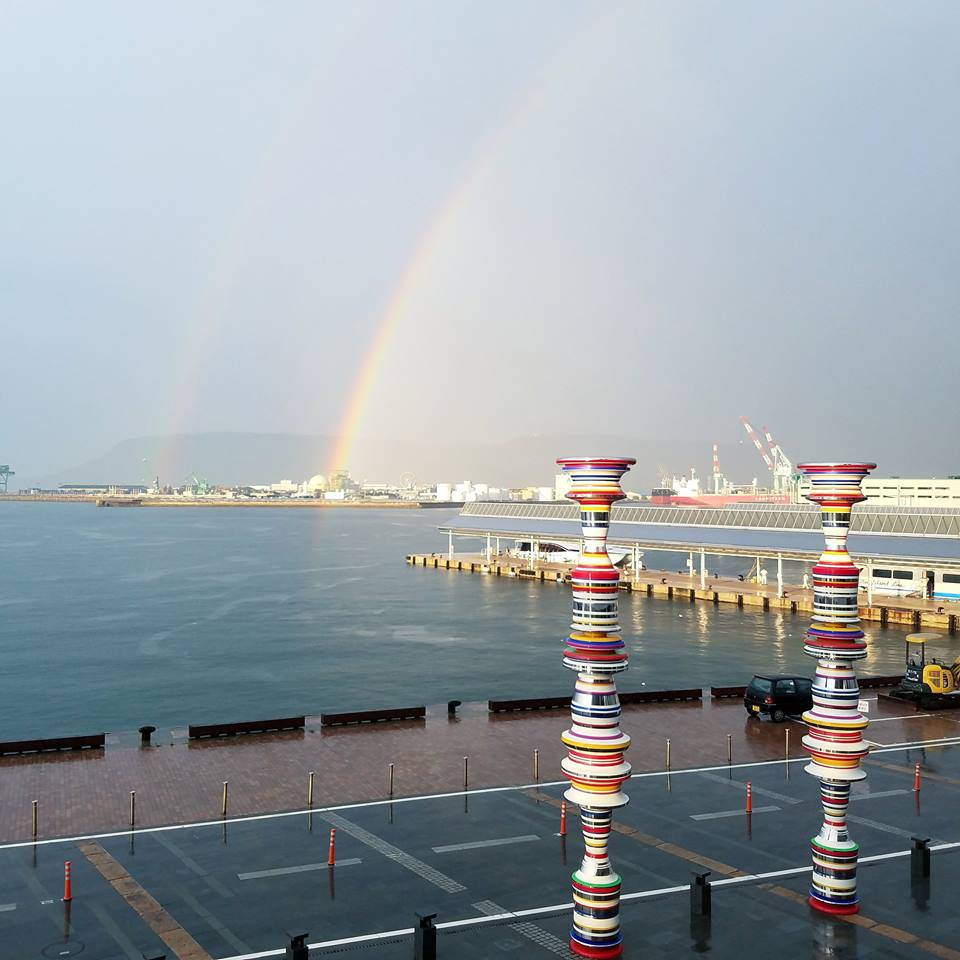 高松港的代表作品之一「 Liminal Air core 」 來源:fb @ArtSetouchi