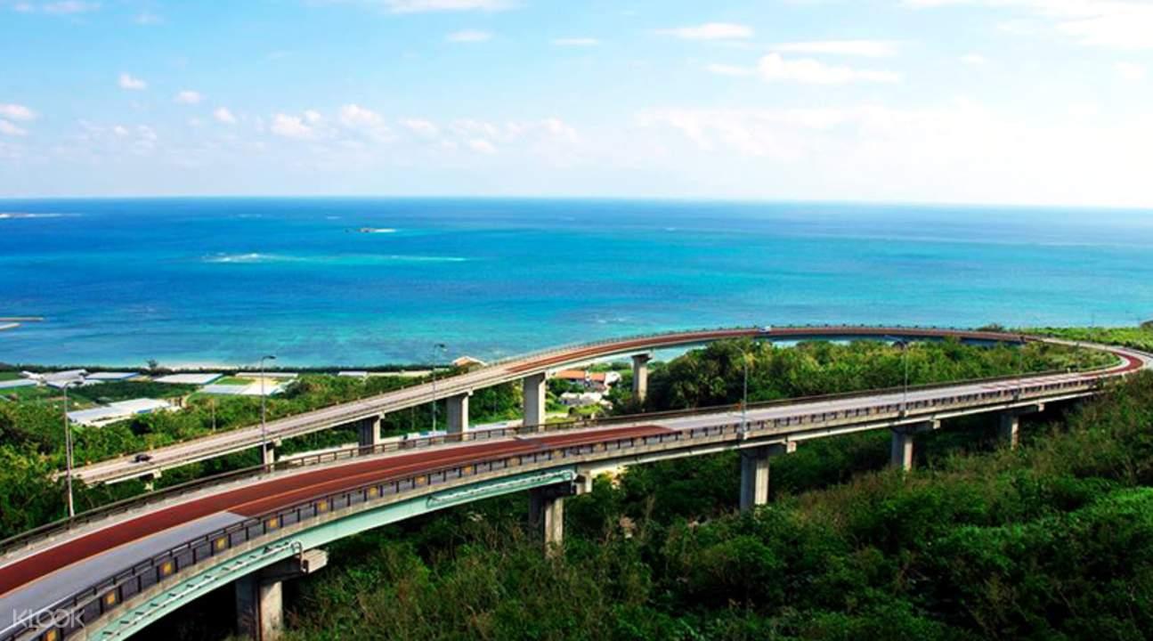 沖繩南部NIRAIKANAI橋 意思為彼岸的理想之地