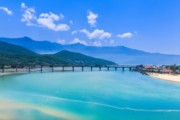 【越南自由行】越南攻略一篇搞定!景點、簽證、天氣、換匯...一次全搞定!