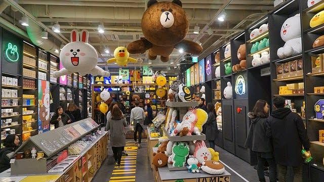 LINE Friends Store 明洞旗艦店,圖片取自oppalandz.blogspot.com