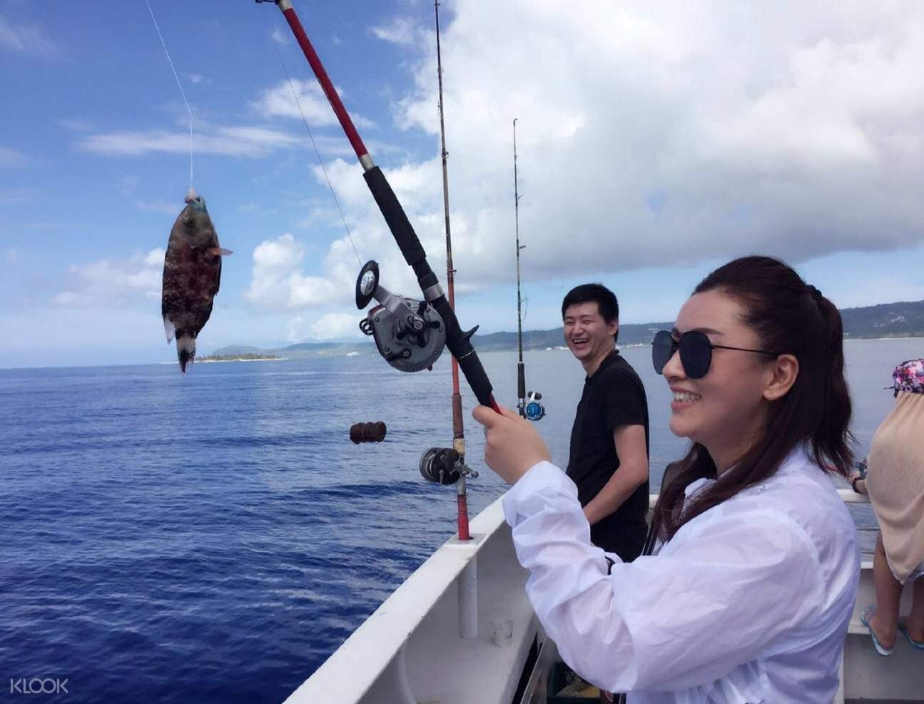 體驗深海垂釣,還能現釣現吃。