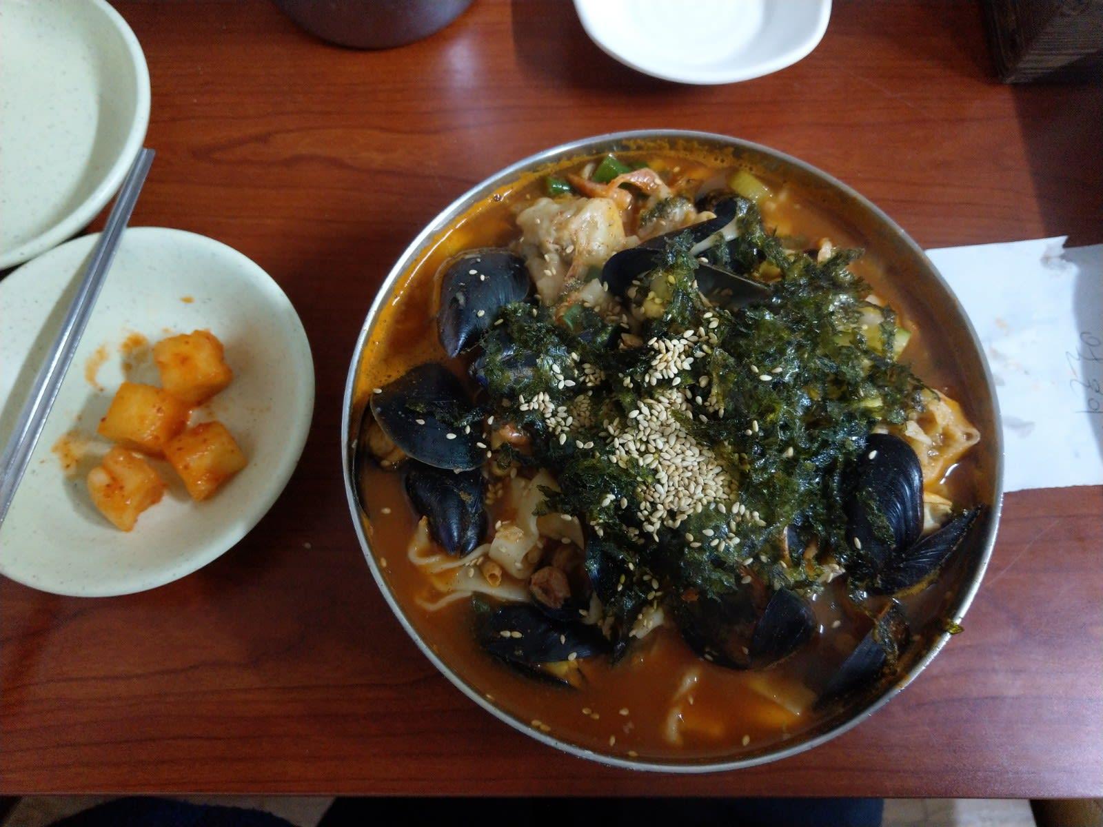 海鮮刀削麵|圖片來源:Vanessa