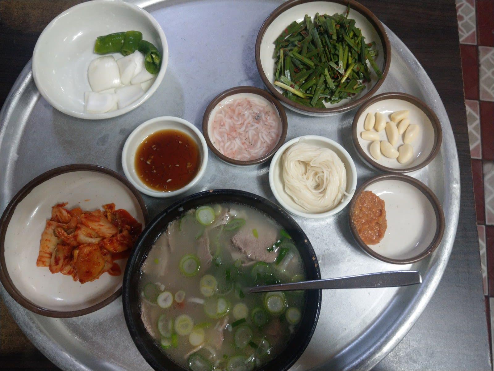 松亭3代湯飯豬肉湯飯|圖片來源:Vanessa