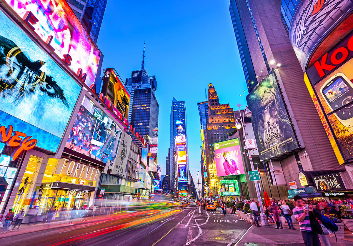 圖片取自https://www.puzzlewarehouse.com/Times-Square-New-York-City-3911zz.html