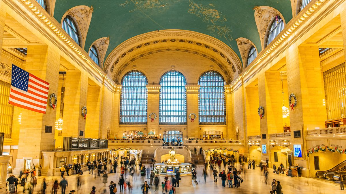 圖片取自https://ny.curbed.com/2018/12/13/18123971/grand-central-station-nyc-map-hotels-address