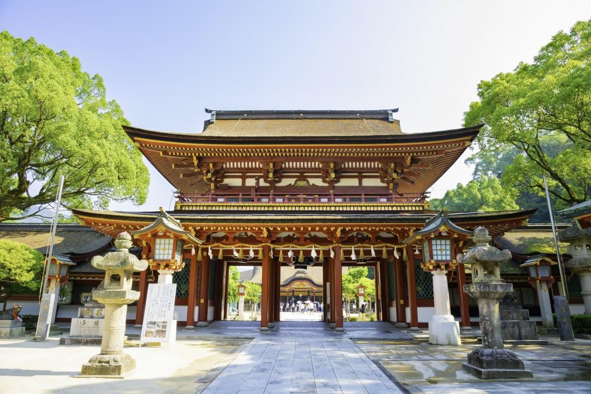 主祭神為學問之神菅原道真,也因此有不少學子前來祈願。SOURCE:ZEKKEI Japan