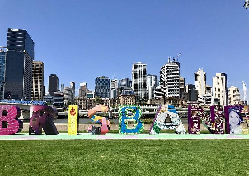 800px The Brisbane sign in South Bank Parklands
