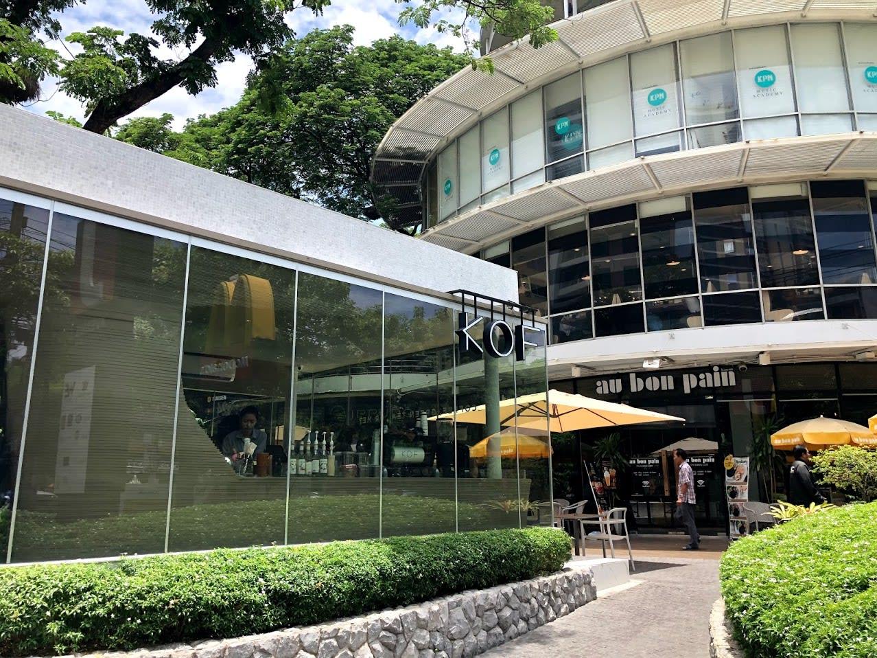 Thong Lor 根本是網美咖啡廳聚集地|PC:Zach Huang