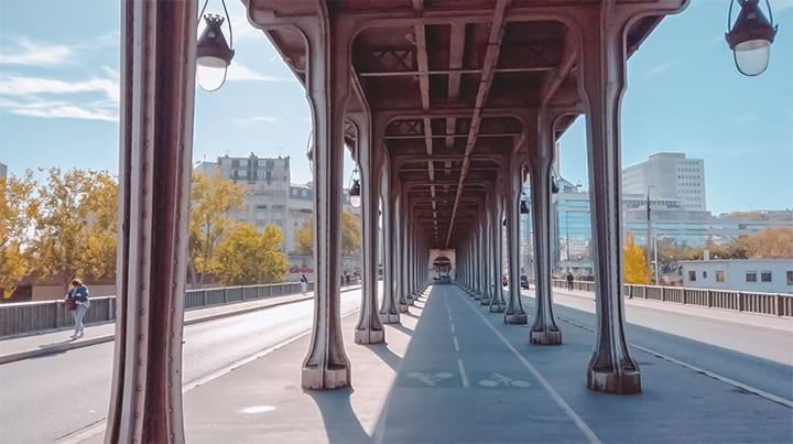 巴黎市區景點比爾阿克姆鐵橋
