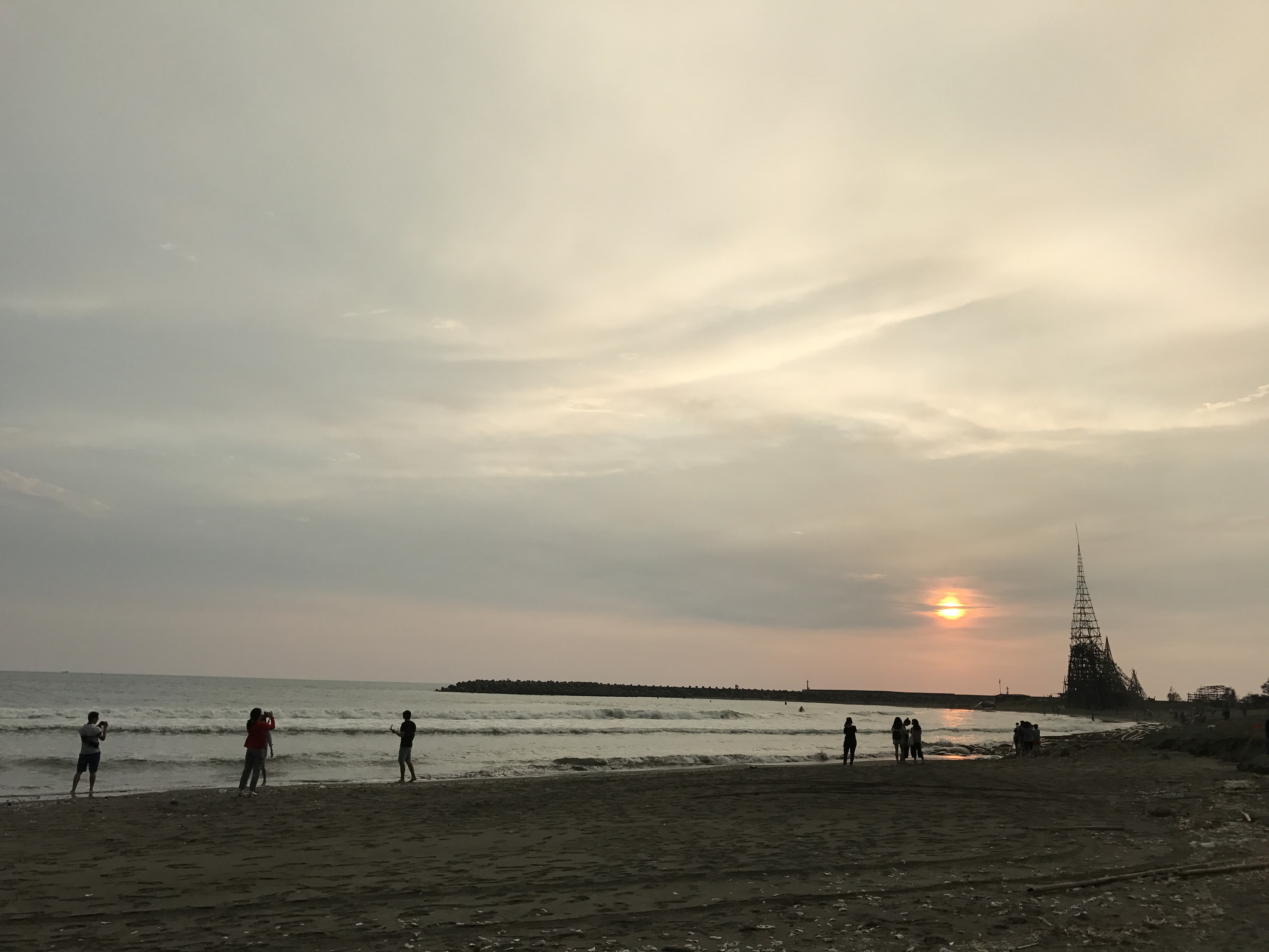 漁光島的日落海灘