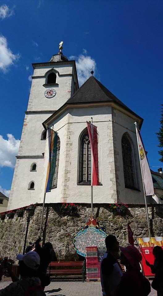 朝聖教堂內金璧輝煌、裝飾華麗的歌德式「帕赫聖壇」,是歐洲珍貴的教堂寶藏。Photographer / Penny