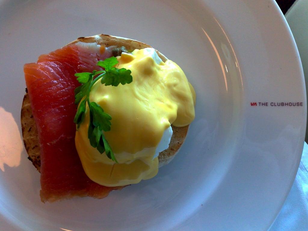 就 連 英 國 在 地 的 早 餐 就 有 文 化 的 差 別,白 領 階 級 的 早 餐份 量 較 為 小 與 精 緻 。