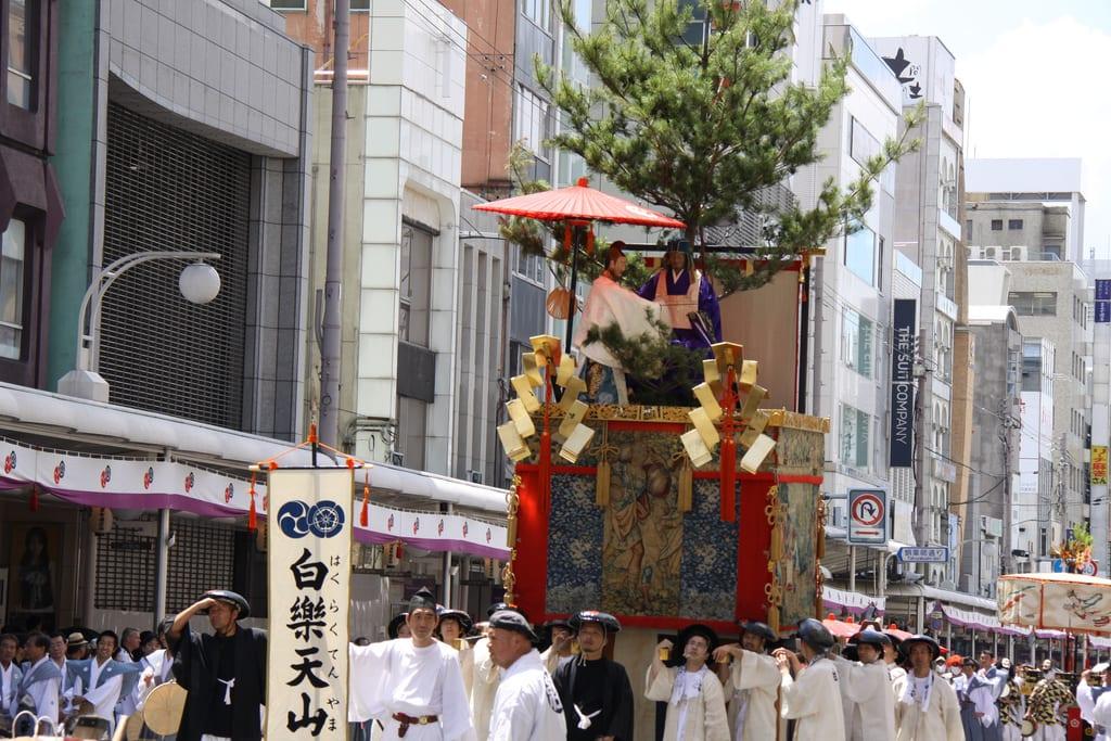 京 都 祇 園 祭 Photo by Yoichiro Uno CC by 2.0。