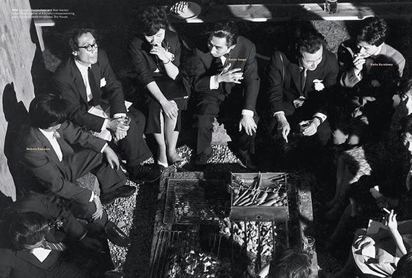 △ 1 9 6 0 年 代 , 「 代 謝 派 」 建 築 師 圍 坐 而 談 / 歷 史 圖 片