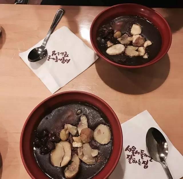 必 吃 的 紅 豆 粥 。 Pic|insta@hm_jeong