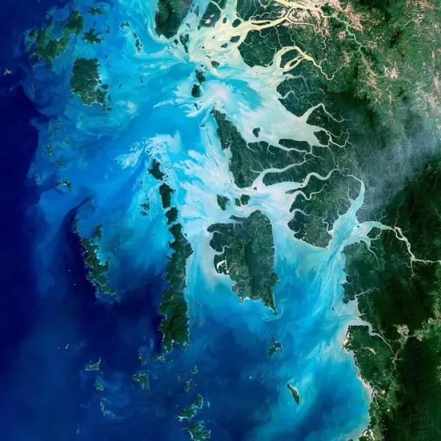 丹 老 群 島 。