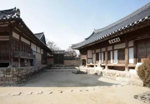 北 村 宅 至 今 已有 200 年 歷 史。