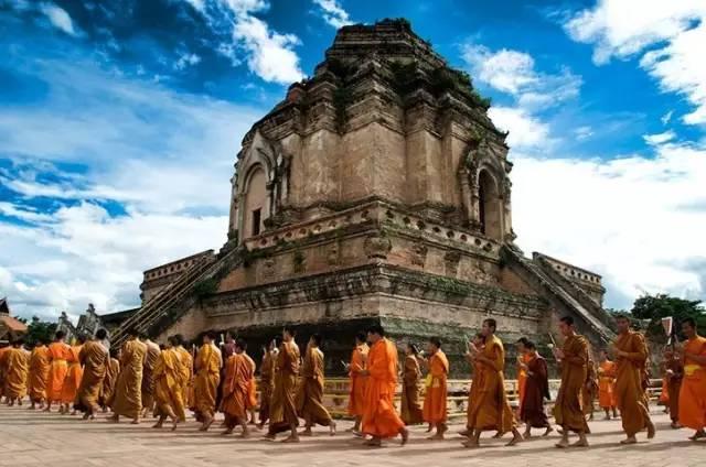 清 邁 寺 廟 。