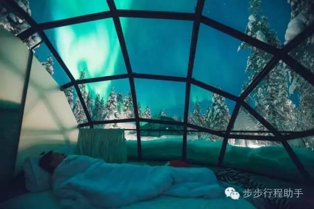 睡 在 這 樣 的 房 間 , 真 是 分 分 鐘 都 不 捨 得 闔 上 眼 睛 啊 !