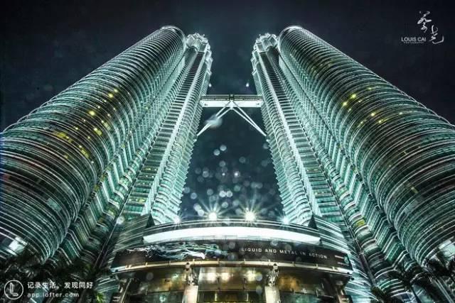 吉 隆 坡 雙 子 星。