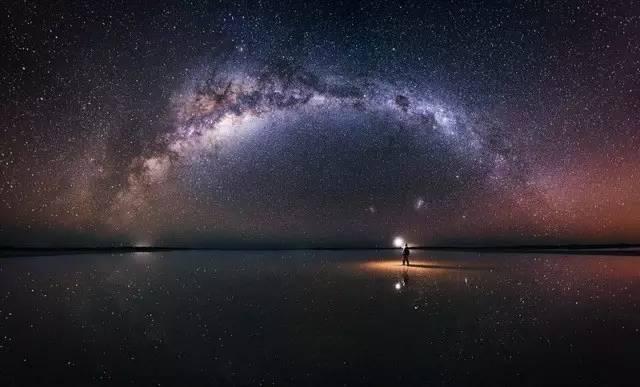 澳 洲 內 陸 的 美 麗 星 空 。
