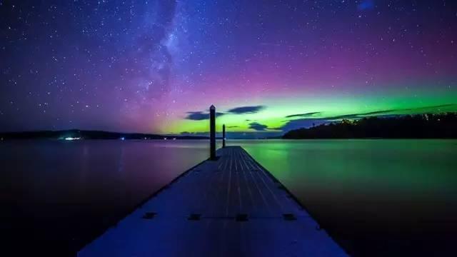 或 許 還 有 機 會 看 到 南 極 光 。