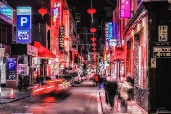 不 過 , 唐 人 街 一 般 形 象 欠 佳 , 這 應 該 是 我 看 過 最 好 看 的 唐 人 街 。