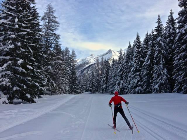 越 野 滑 雪 奧 斯 塔 山 谷 |flickr@Alain Rumpf