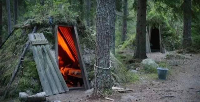 瑞 典 S T F 科 蘭 布 瑞 生 態 旅 館 。