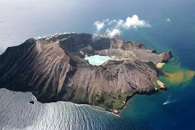 懷 特 島 。