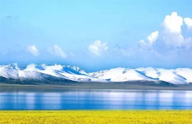壯 觀 山 海 景 色 。