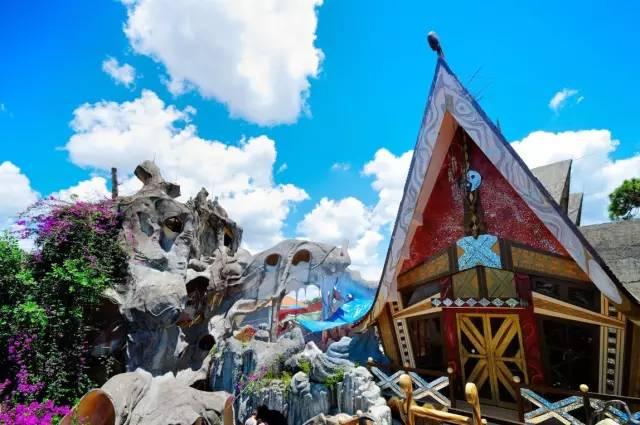 越 南 的 Crazy House , 這 是 一 間 酒 店 , 而 不 是 遊 樂 園 喔 !