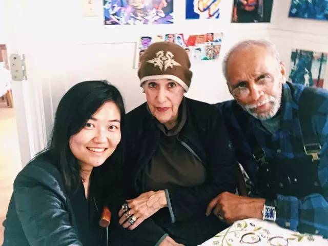 希 臘 裔 畫 家 Toby 和 她 的 丈夫 Joe。