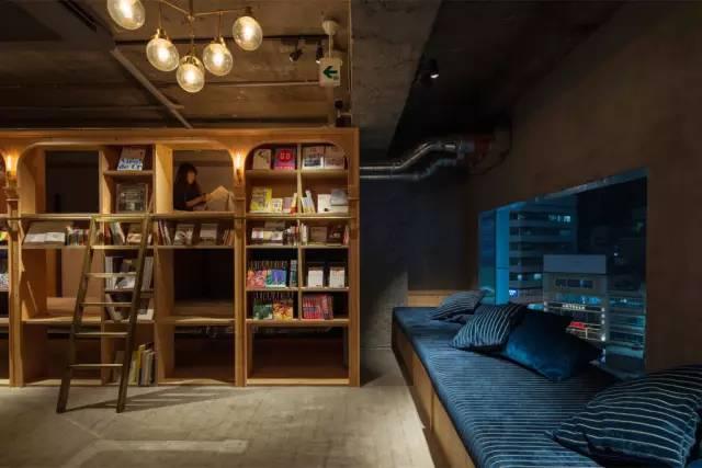 與 「 書 」 共 眠 的 旅 社 | Book and bed 官 網