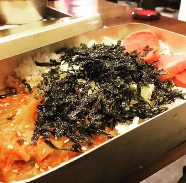 傳 統 韓 式 鐵 便 當 。 Pic|insta@jasmineisvip
