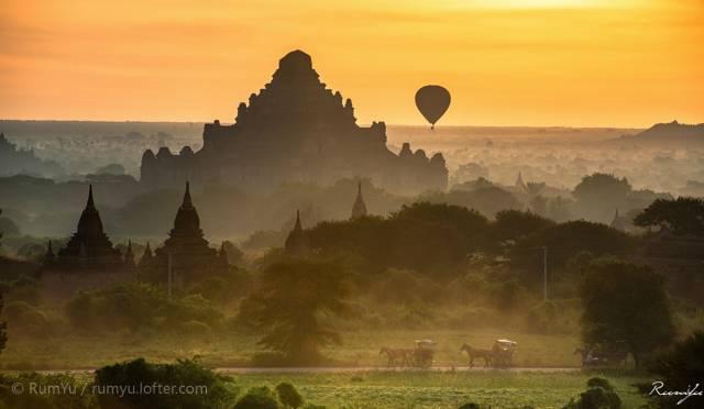 蒲 甘 三 元 素 :  熱 氣 球 、 馬 車 、 佛 塔 |Flickr: Dongrui Yu