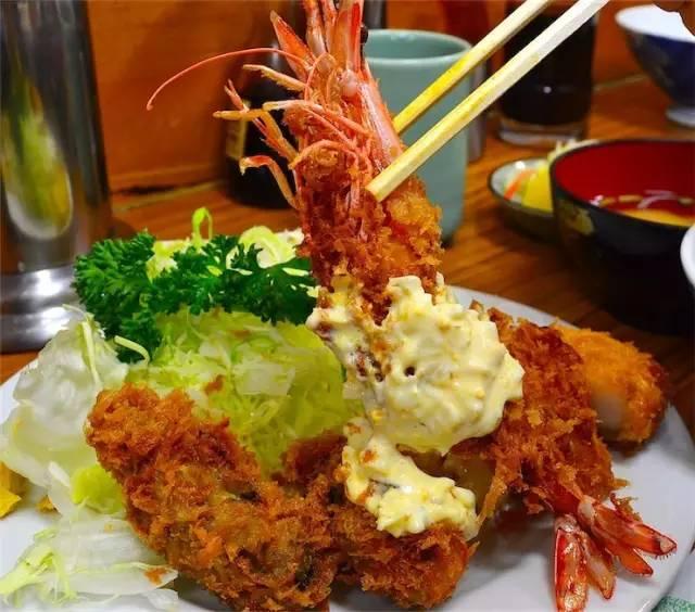 可 口 的 海 老 定 食 。